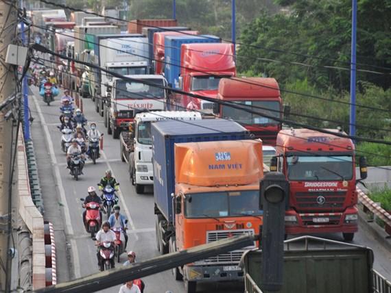 GIAO THÔNG VẬN TẢI Tăng cường kiểm soát tải trọng xe thời điểm cuối năm